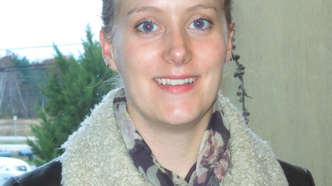 Sarah Mahon.volunteerphoto